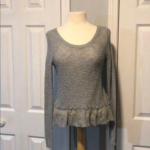 Abercrombie & Fitch kid girls grey sweater size XL